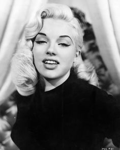 Diana Dors hair looks fab here, hers and Jayne Mansfield's styles work perfect on any colour of hair, not just blonde.
