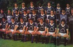 Girondins de Bordeaux 1985 Au 3ème rang : Rohr, Thouvenel, Specht, Tresor, Battiston, Domenech, Tusseau. Au 2ème rang : Michelena, Delachet, Tigana, Bourdoncle, Girard, Memering, Zenier, Ruffier, Jacquet. Au 1er rang : Hanini, Lippini, Lacombe, Giresse, Muller, Martinez, Audrain.