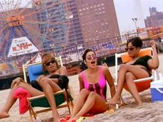 """Salt-N-Pepa, """"Shoop"""" (1993) 