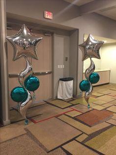 Foil balloon decor Balloon Tree, Balloon Shapes, Balloon Flowers, Balloon Columns, Balloon Wall, Balloon Bouquet, Balloon Garland, Prom Balloons, Frozen Balloons