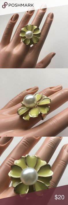 Brand-new adjustable ring yellow flower 🌺 pearl Brand-new big chunky adjustable ring fashion jewelry for woman's and ladies. Pretty yellow flower 🌺 and big white pearl in the middle design. Check out my closet, we have a variety of Victoria Secret, Bath and Body Works, handbags, Aerosoles, shoes, fashion jewelry, women's clothing, Beauty products, home decors & more...  Ships via USPS. Don't forget to bundle, you save big! Always a FREE GIFT with every purchase!!! Thank you & Happy…