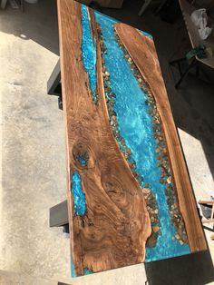 Walnut live edge river table with stone dining image 0 Diy Resin Table, Epoxy Wood Table, Diy Table, Live Edge Furniture, Resin Furniture, Cedar Furniture, Refurbished Furniture, Furniture Design, Resin Crafts