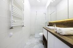 Nieduże mieszkanie: zobacz piękne i wygodne wnętrze - Galeria - Dobrzemieszkaj.pl Home Staging, Alcove, Bathtub, Bathroom, Dom, Standing Bath, Washroom, Bath Tub, Bathtubs