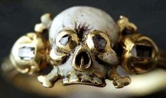 17th Century memento mori gold skull ring...some people might think that it is a little ghoulish, but I think that it is really beautiful