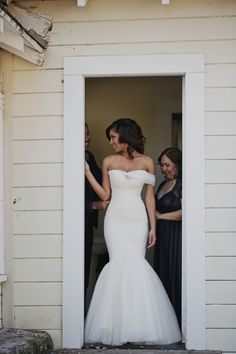 this mermaid gown by Mark Zunino is everything Photography: Our Labor Of Love - ourlaboroflove.com  Read More: http://www.stylemepretty.com/2014/08/04/elegant-bohemian-wedding-in-napa/
