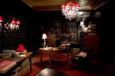 """Gotham""'s decor"