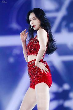 Photo album containing 17 pictures of Naeun Kpop Girl Groups, Korean Girl Groups, Kpop Girls, Eunji Apink, Pink Panda, Brave Girl, Girl Body, Girls Generation, South Korean Girls