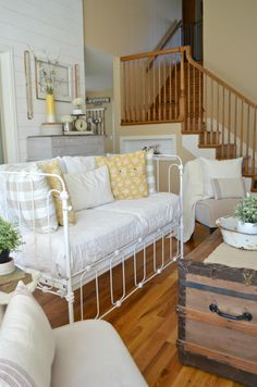 Vintage Crib Converted into Couch - Sarah Joy Antique Crib, Vintage Crib, Diy Vintage, Repurposed Furniture, Home Furniture, Furniture Design, Furniture Ideas, Furniture Vintage, Iron Crib
