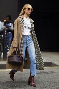 When it is not cold enough to wear thick trench coat outfit Mode Outfits, Fall Outfits, Fashion Outfits, Fashion Trends, Fashion Ideas, Ootd Fashion, Womens Fashion, Fashion Patterns, Petite Fashion