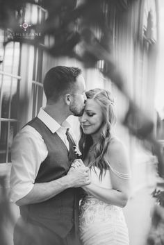 Wedding Photos + Wedding Pics + Loews Don Cesar Hotel + Kiss + Florida Wedding + Black and White