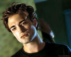 Robert Pattinson in Twilight. This is where it all began. <3 TEAM EDWARD <3