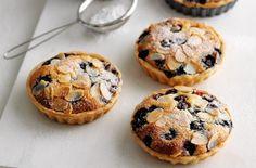 Blueberry frangipane tarts - Tesco Real Food