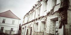 Freistehende Fassade