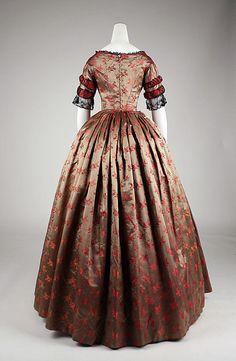 Evening dress,  ca. 1842, silk