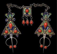 The Fibula. By Sarah Corbett | Ethnic Jewels Magazine