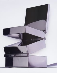 Ron Arad - Box in 4 movements