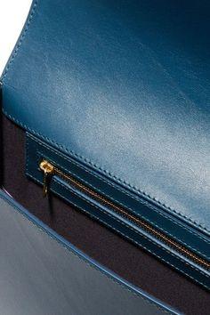 A.P.C. Atelier de Production et de Création - Vienne Leather Shoulder Bag - Midnight blue - one size