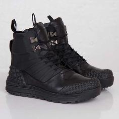 new product 60fd7 7907c Nike Lunarterra Arktos SP