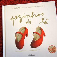 A nossa sugestão para o Dia Mundial da Dança!  Pezinhos de Lã, um Livro com CD e DVD que estimula a aprendizagem de canções, danças e jogos do património tradicional Português, Galego e Mirandês, de uma forma agradável, divertida e participativa!   http://casaruim.com/pezinhos-de-la