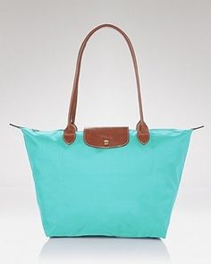 Long champ in mint color perfect for summer.