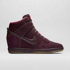 Nike Dunk Sky Hi Mesh Women's Shoe