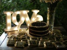 Love. Weddings marquee lights. Cartel luminoso para la ambientación de tu boda. Ideas para boda.