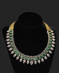 DIAMOND NECKLACE Diamond pan : 27/ 2.32 @ 52000 27 2.32 Diamond Marquise 244 10.74 Diamond Round 129 4.84 Emerald