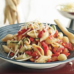 Pasta with No-Cook Tomato Sauce - Rachael Ray Every Day
