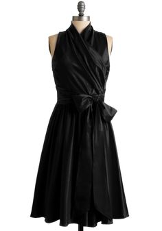 formal dress! PRETTY! if i ever have to chaperone an EA prom or something like that, i'll get to wear this.