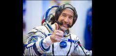 Luca Parmitano  è il primo italiano a camminare nello spazio. L'articolo su http://www.retroonline.it/2013/07/10/luca-parmitano-primo-italiano-a-passeggiare-nello-spazio/