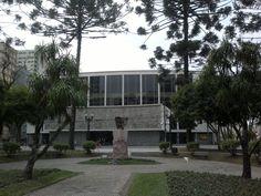 Praça Santos Andrade - Teatro Guaira