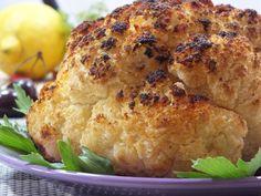 Uwielbiam kalafiora!! :) A takiego pieczonego jadałam pierwszy raz właśnie i bardzo, ale to bardzo mi zasmakował, dlatego dzielę się przepisem z Wami :) Przepis na pieczony kalafior. Salmon Burgers, Turkey, Healthy, Ethnic Recipes, Food, Essen, Turkey Country, Meals, Health
