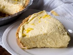 Cream Cheese Lemonade Pie - for low carb, I'd use a pecan crust and look for pudding without aspartame. Desserts To Make, Lemon Desserts, Lemon Recipes, Summer Desserts, No Bake Desserts, Pie Recipes, Baking Recipes, Dessert Recipes, Dessert Ideas