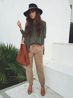 fall fashion. Suede joggers and floppy free people hats <3 haleebrooke.com