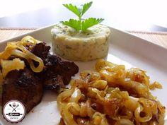 csirkemáj, karamellizált hagyma Main Dishes, Side Dishes, Chicken Wings, Baked Potato, Waffles, Salads, Potatoes, Zeller, Meat
