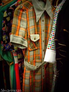 Antigüedades en el BEC - ropa y complementos
