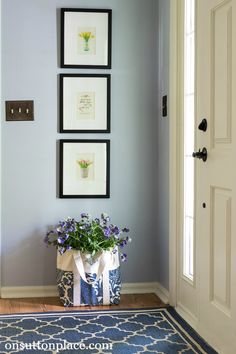 Shows you easy, DIY ways to refresh a small entry. Don't let a small space hold you back! This shows you how to work with what you have but make it feel new.