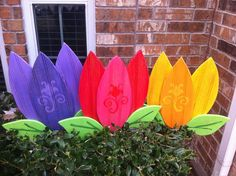 painted wood yard stakes | Spring Flowers Tulips Yard Art Yard by WildeWoodTreasures on Etsy