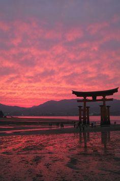 Torii gate (Japan)