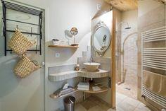 Salle de bains des Chambres d'hôtes à vendre en Beaujolais des Pierres Dorées à 25 mn de Lyon