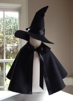 Childs WITCH HAT. $28.00, via Etsy.