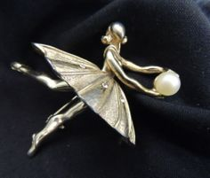 VTG Designer Signed Bellini Rhinestone Brooch Pin Figure Ballerina Pearl Dancer