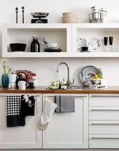 kitchens-black-white-dish-towels-kitchen-accessories-kitchen-storage-open-shelving-sinks