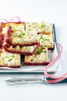 Sipulipiirakka punajuuripohjalla | K-ruoka #joulu