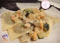 i ravioli pesce gamberetti zucchine sono uno dei piatti preferiti di mio marito e li abbiamo scelti come pietanza il giorno del nostro matrimonio