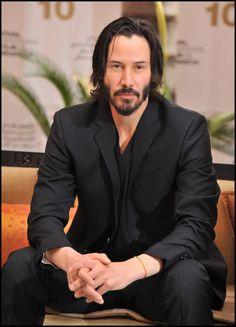 Keanu Reeves - believe it or not, this guy looks like my realtor!!!