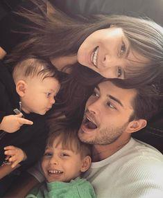 Lachowski family//