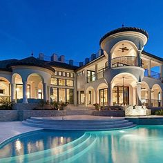 Big house with an awesome pool it only needs to be in hawaii and its perfect dream house for Public swimming pools in naples florida