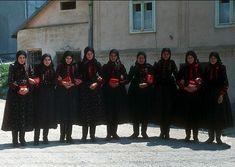 Széki népviselet Lace Skirt, Past, Times, Skirts, Dresses, Fashion, Muslim Women Fashion, Muslim Women, Feminine Fashion