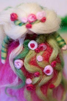 wool fairy, Frühlingsfee aus Märchenwolle, fairy, felt, wool, craft, jahreszeitentisch, märchenwolle,